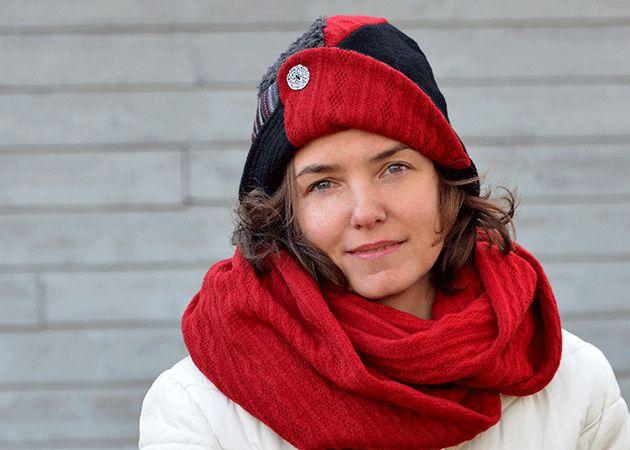 Chapeau élégant rouge par Rien ne se perd, tout se crée... www.rienneseperd.com