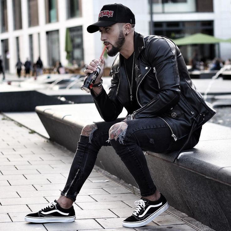 Dope or nope?  Via @gentwithstreetstyle  Follow @mensfashion_guide for more! By @massiii_22  #mensfashion_guide #mensguides