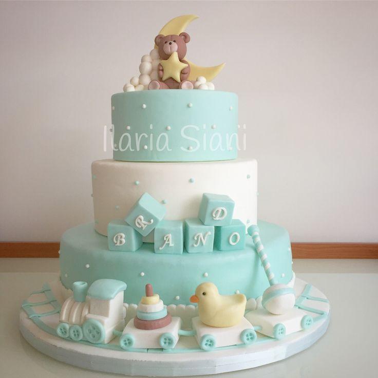 Oltre 25 fantastiche idee su torte per battesimo su for Design a 3 piani