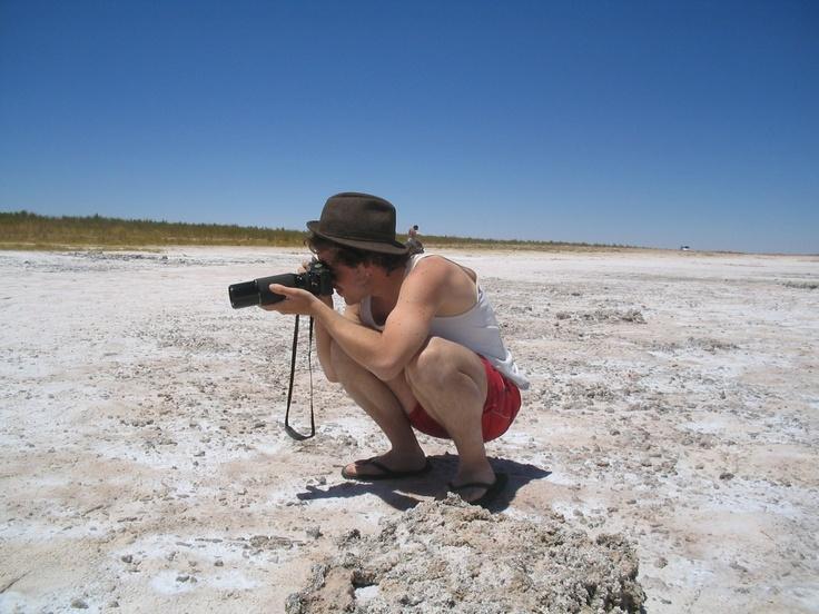En la laguna Cejar, San Pedro de Atacama. De ese viaje hay mucho material inédito. Hay un par de imágenes en la serie Álbum, pero queda todo por revisar y editar. Foto por Naty Portugueis, año 2005.