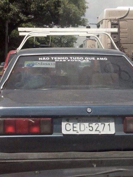 Esta frase que até que começou com uma reflexão, mas deu preguiça de continuar. | 16 adesivos de carro que dizem muito sobre a alma do brasileiro