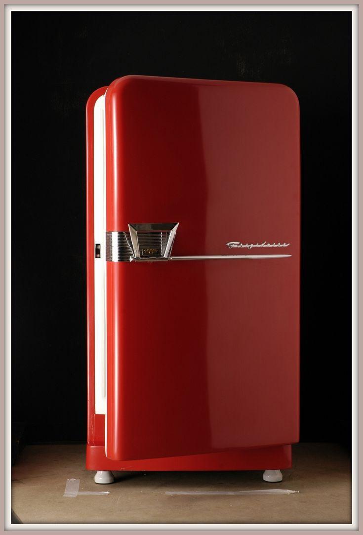 A retro red refrigerator. #red #retro #appliances | Red ...