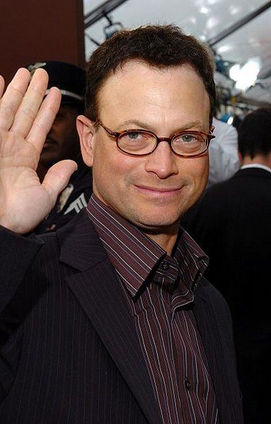 Gary Sinise. This man does incredible things for our wounded warriors and our military.  L♡ve him!