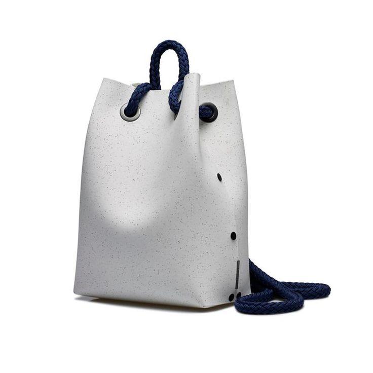 - MARIN D'EAU DOUCE - STYLE WE DO #5 - Petit matelot. Tricot rayé. Chaussures croco aux pieds. #fashion #style #mariner #sailor --> http://comment-tu-t-appelles.com/style-we-do.html#5