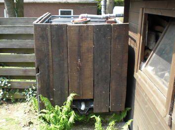 Cute Wir haben bei uns im Garten einen l Container f r Regenwasser er f ngt das Wasser der Gartenh tte auf und dient somit als Wasserspeicher Nun habe