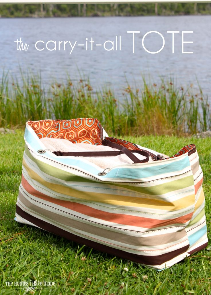 DIY Carry It All Tote - reversible and waterproof if you follow her exact tutorial