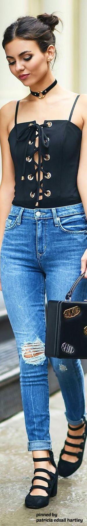 "( ☞ 2017 ★ HOT BEAUTIFUL CELEBRITY WOMAN ★ VICTORIA JUSTICE IN BLUE JEANS WITH HOLES "" Pop ♫ "" ) ★ ♪♫♪♪ Victoria Dawn Justice - Friday, February 19, 1993 - 5' 5½"" 117 lbs 34-23-32 - Hollywood, Florida, USA."