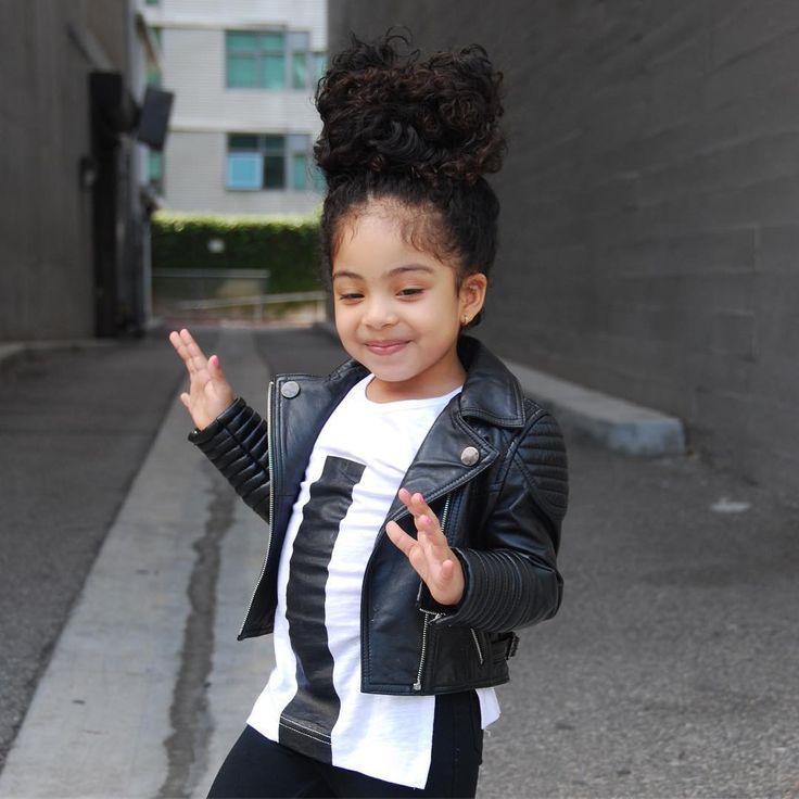 "53 mentions J'aime, 8 commentaires – Happyfeetvt (@happyfeetvt) sur Instagram: ""Love of my li …   – Kids"
