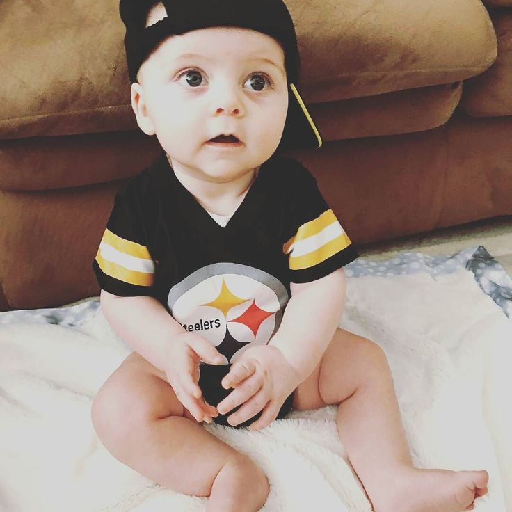 @Regrann from @cam.e.o -  Still confused about who my team is but for today it's @steelers @nfl @nflnetwork @nike #sunday #playoffs #gameday #baby #kids #cute #love #follow #regrann