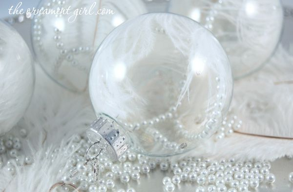 white feather Christmas ornament to make