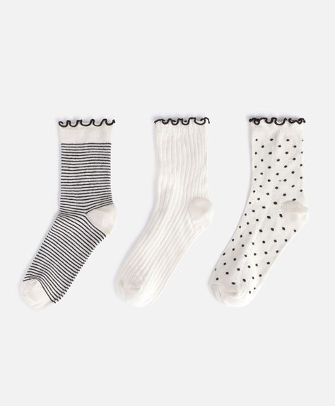 3 neutral socks, 7.99£ - Pack of 3 pairs of socks with a polka dot and striped print in neutral colours. - Find more trends in women fashion at Oysho .