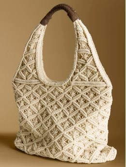 macrame patterns ... I remember making this purse in my grade school art class.