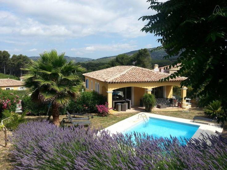 Schau Dir Dieses Grossartige Inserat Bei Airbnb An: Villa Provençale  Piscine Et Jardin In Sanary