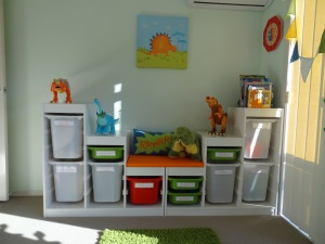 Like the organized look of the containers and reading bench!