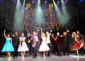 £21 -- West End Tickets: 'Dreamboats & Petticoats'
