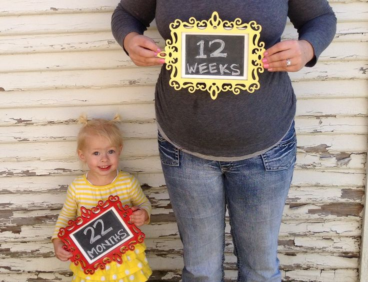 Pregnancy announcement monthly photos for second baby – Second Baby Announcement Ideas