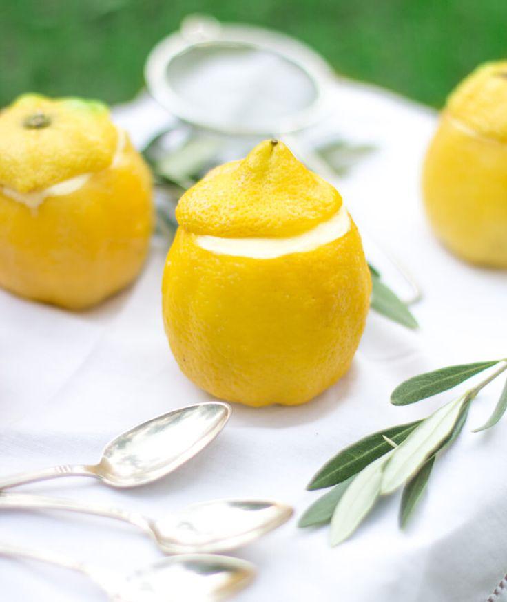 Wenn dir das Leben Zitronen gibt, mach Zitronen Mousse daraus! Zugegeben, etwas aufwendiger ist es auch, aber dafür schmeckt es unheimlich gut.