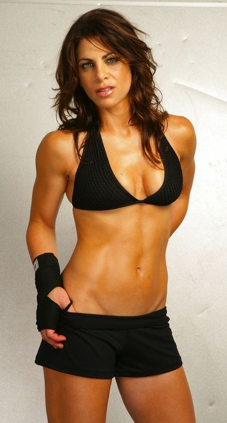 I want muscles like hers! smackeral