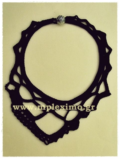 assymetric crochet necklace, from mpleximo.gr