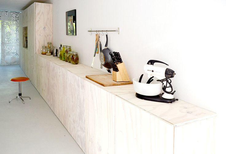 Underlayment kast en keukenblok - BureauOI.com