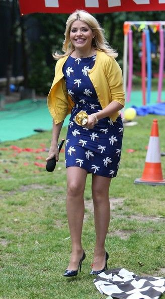 Holly Willoughby Wool Coat - Holly Willoughby Looks - StyleBistro