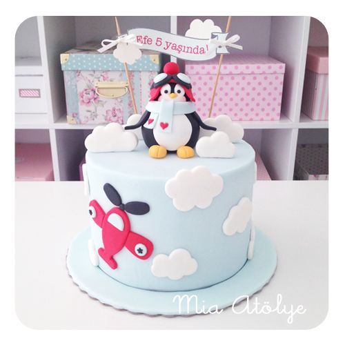 Pilot penguin birthday cake