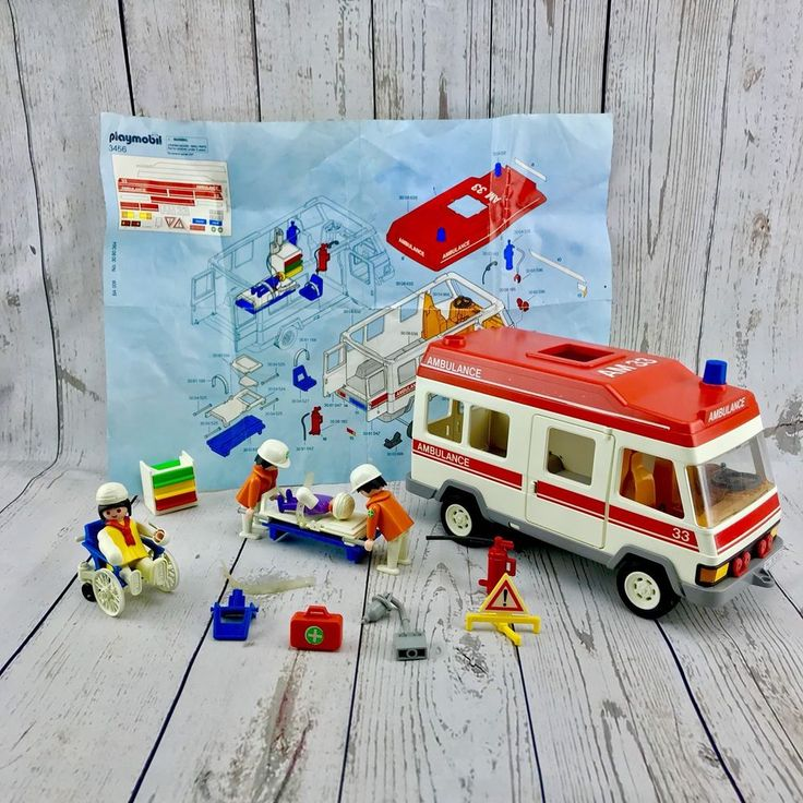 PLAYMOBIL 1994 AMBULANCE RED ROOF WITH LOTS OF ACCESSORIESSET 3456 VGC toys