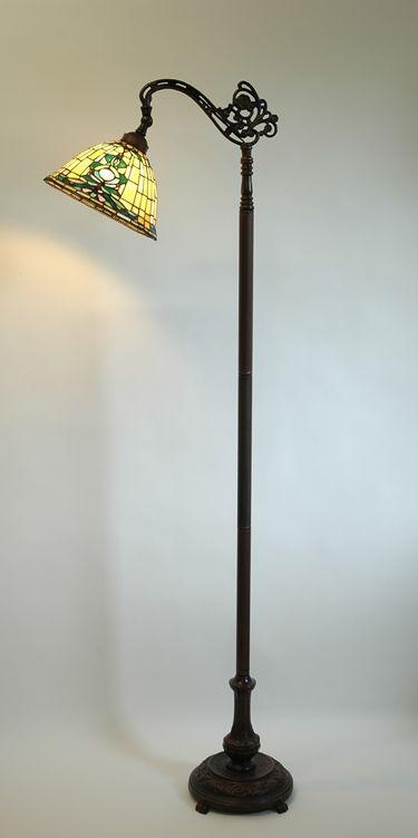 Best 25+ Tiffany floor lamps ideas on Pinterest   Tiffany lamp ...