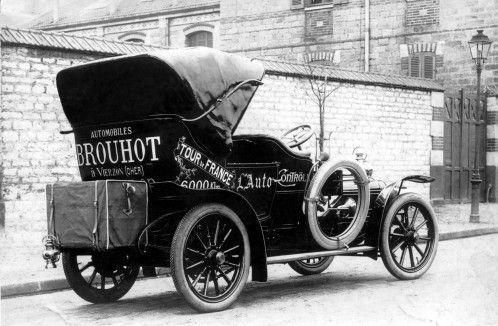 photo de la voiture Brouhot produite à Vierzon - musée de vierzon