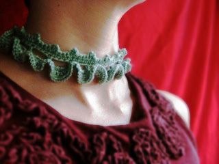 Frill Trim Choker Designed by Christy Lutz/canncrochet Published in Inside Crochet and Love of Crochet