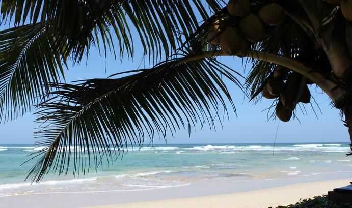 South Point Villa, summer holiday accommodation in Sri Lanka #summer #summerholidays #srilanka  www.OzeHols.com.au/10965