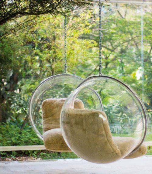 Bubble Chair,1968  designer,Eero Aarnio