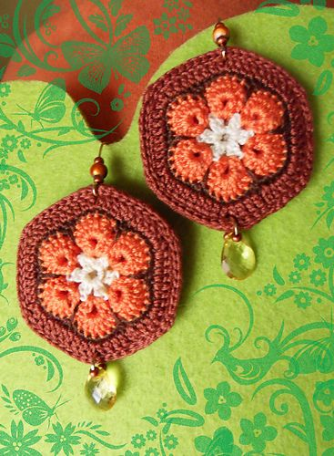 Crocheted African Flowers Earrings- Pendientes de ganchillo con flores africanas