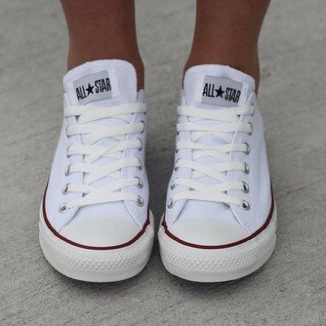 photopoll looking for white converse sneakers what do. Black Bedroom Furniture Sets. Home Design Ideas