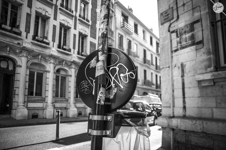 Graffiti bin by lestropie on 500px #streetphotography #urban #photography #graffiti #blackandwhite #SaintEtienne #sainté #Stetienne