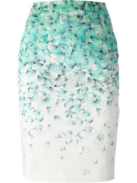 Comprar Blumarine falda tubo con estampado de flores en Paola from the world's best independent boutiques at farfetch.com. Over 1500 brands from 300 boutiques in one website.