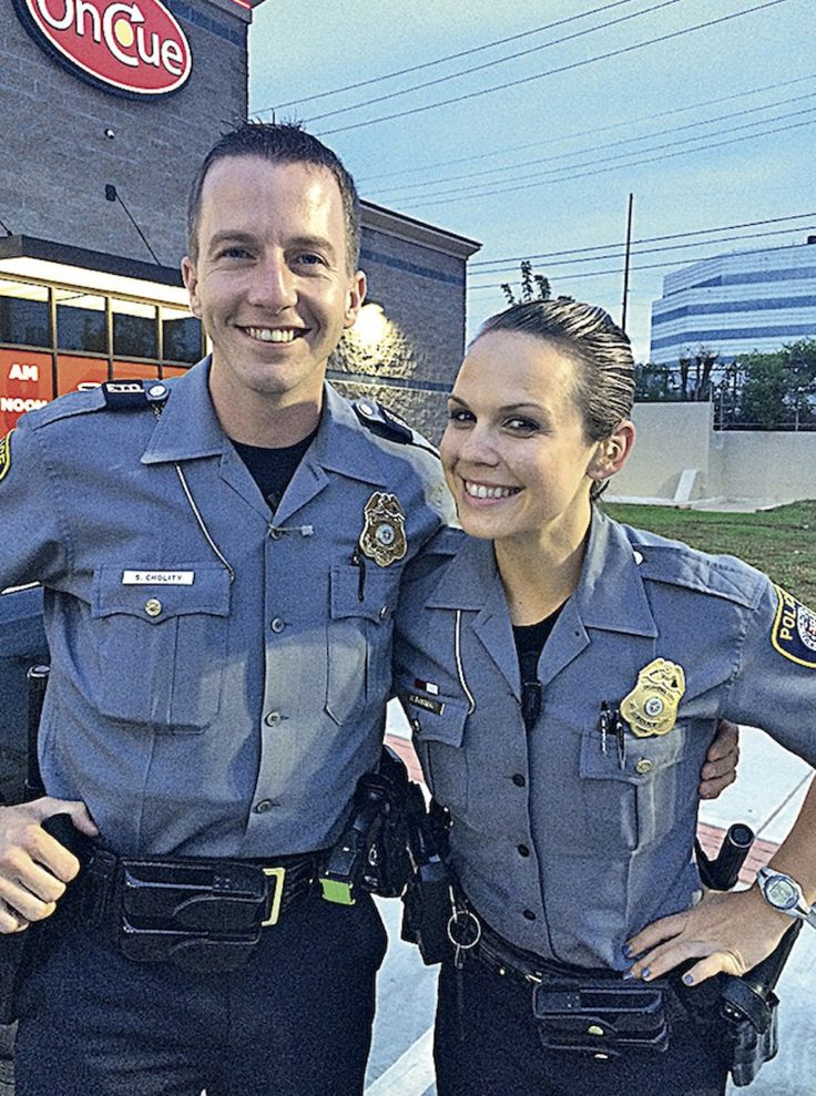 How to Date a Police Officer 15 Steps (with Pictures) - wikiHow