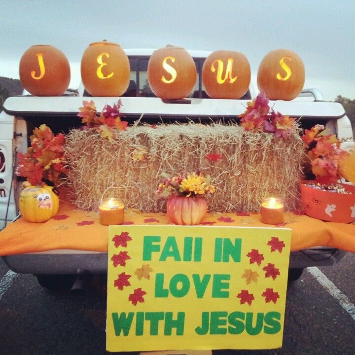 fall in love with jesus trunk or treat idea - Halloween Trick Ideas