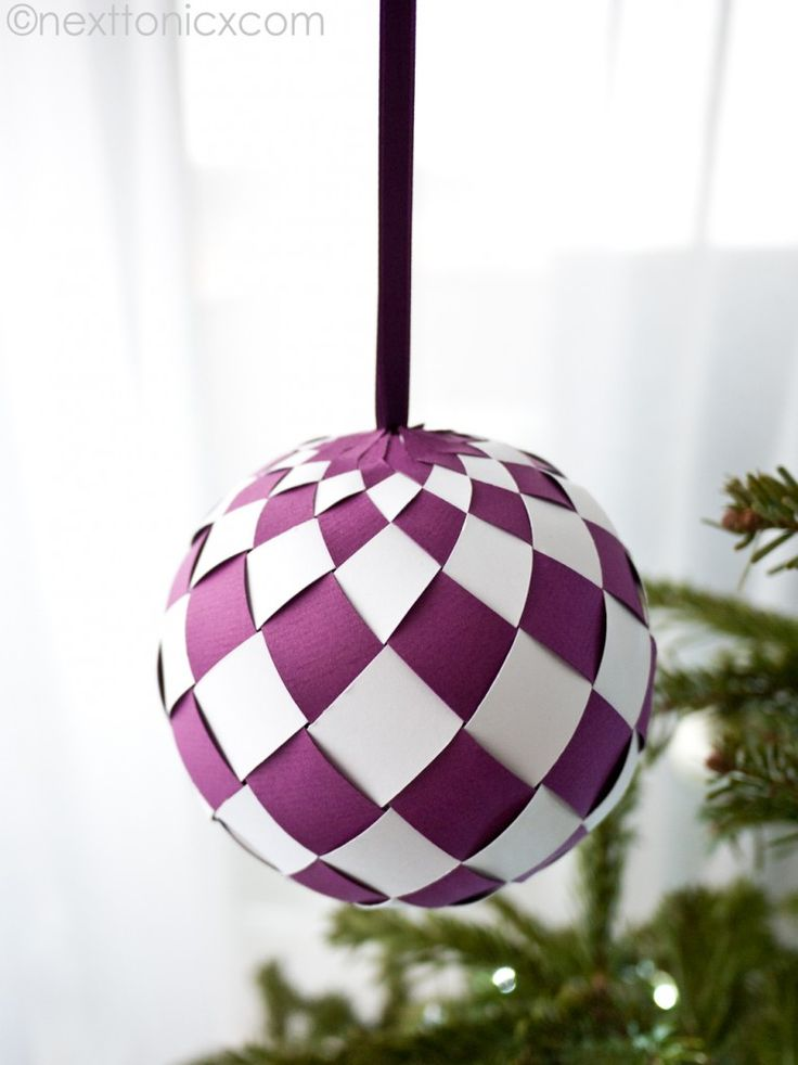 Paper Christmas baubles tutorials