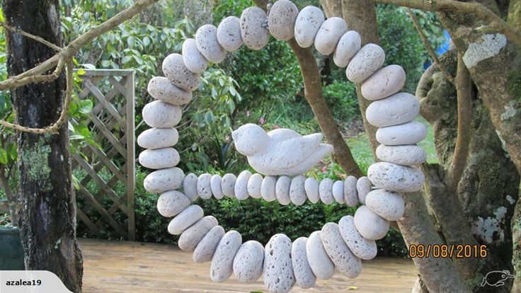 hanging pumice circle 36cm diameter  using 15-20cm diameter pumice…