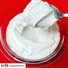 Aprenda a fazer Creme de Leite de Coco em casa: sem glúten, sem leite, sem lactose, sem ovo, vegano!!! Mais receitas especiais você confere no nosso Instagram: https://www.instagram.com/emporioecco/