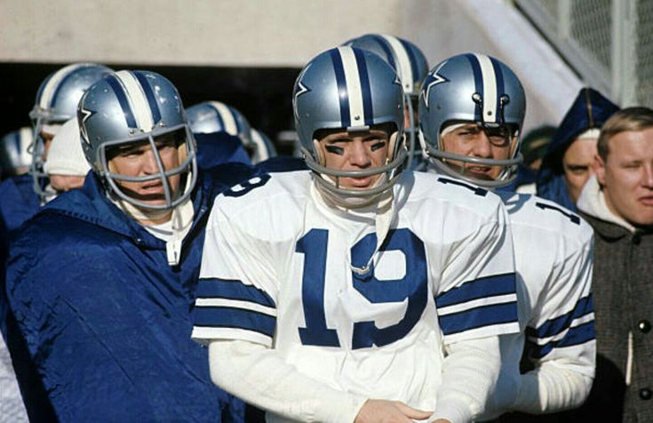 1967 Dallas Cowboys before 1967 NFL Title game:Dave Manders,Don Meredith,Lance Rentzel,Lee Roy Jordan
