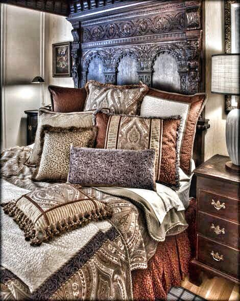 Gorgeous Tuscan Bedroom #Home #Tuscan #Design - Find more Ideas on www.IrvineHomeBlog.com/HomeDecor  Irvine, California - Christina Khandan ༺༺ ℭƘ ༻༻