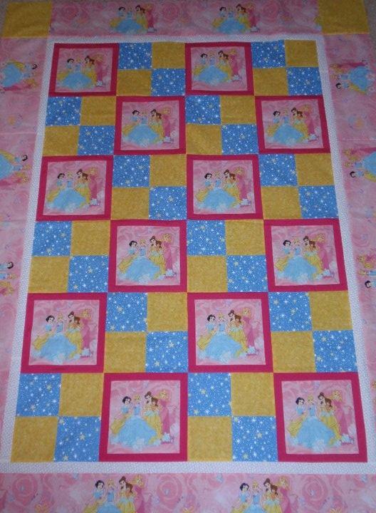 25+ best ideas about Frozen Quilt on Pinterest Dresden quilt, Dresden plate quilts and Dresden ...