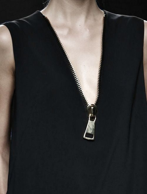 Visibly Interesting: Black v-neck dress with chunky zipper; fashion details // Miguel Vieira Fall 2015