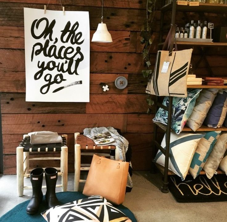 we spy a striped jute bag over at mind over manor... www.thebeachpeople.com.au
