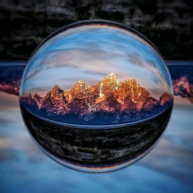 Your environment captured in gorgeous spherical wide-angle 🙏 Shot by @trinigrafix through the Lensball 🔮🙌