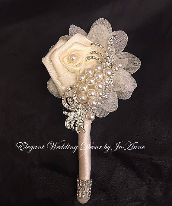 Custom Grooms Boutonnieres, Brooch Boutonniere, Wedding Boutonniere, Boutonniere - $43.00 Custom Brooch Boutonnieres- Can be customized and made in any color scheme.... Please allow 2-3 Weeks on Boutonniere Orders. Thank you ELEGANT WEDDING DECOR BY JOANNE