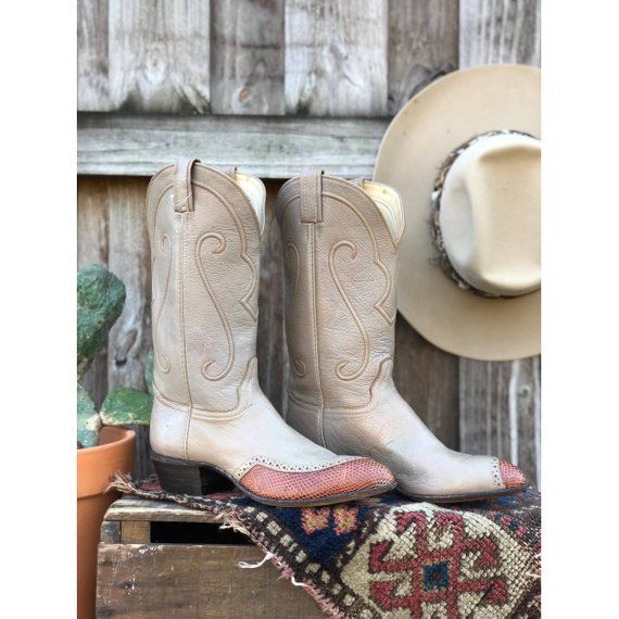 be5dadc6964 Vintage Lizard Cowboy Boots size 10 B | my next pair of boots ...