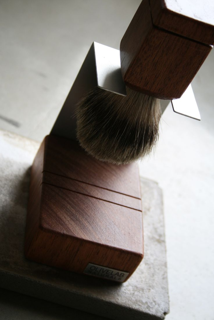 handcrafted shaving accessories - niangon wood, aluminum, pure badger